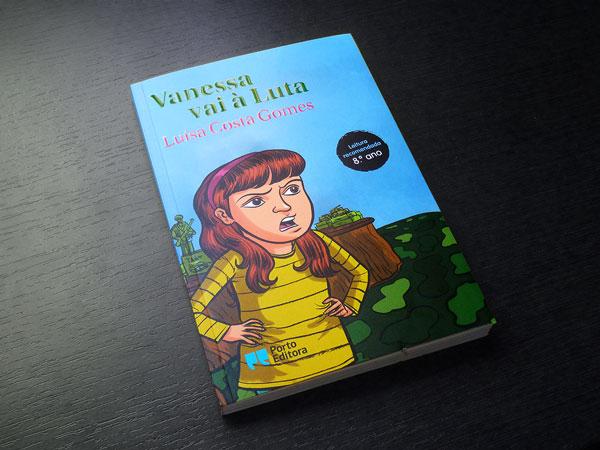 andrecaetano_vanessavaialuta_printedbook